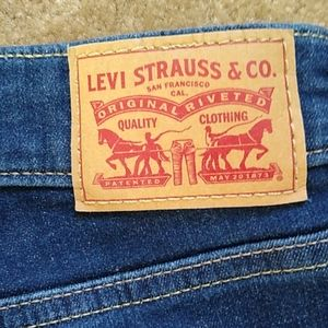 Levi's Mid Rise Skinny Jeans Size 14